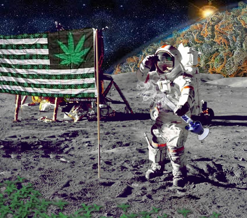 самых симпатичных космонавт курит картинки официальный сайт